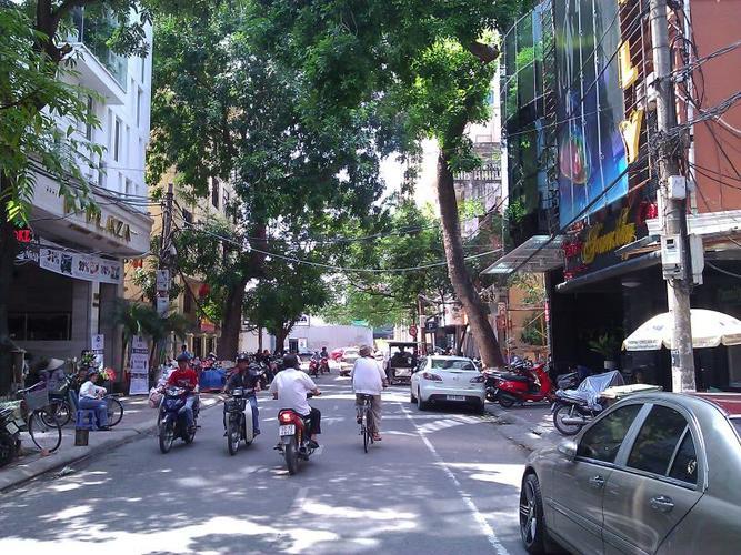 Đến cửa hàng trên phố Mai Hắc Đế để có yến sào tốt nhất Hà Nội!